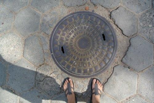 Manhole in Santa Cruz